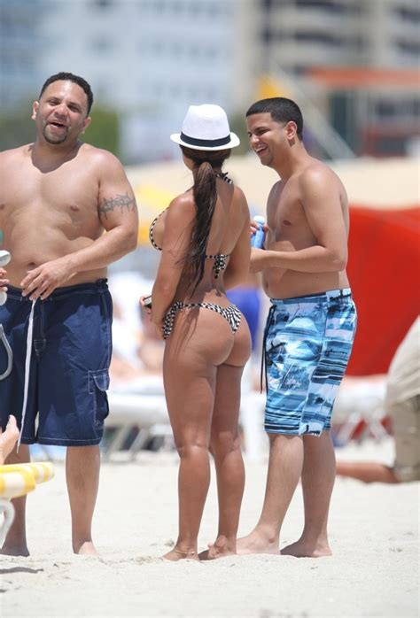 Vida Guerra Has Been Taking A Vacation From The Gym
