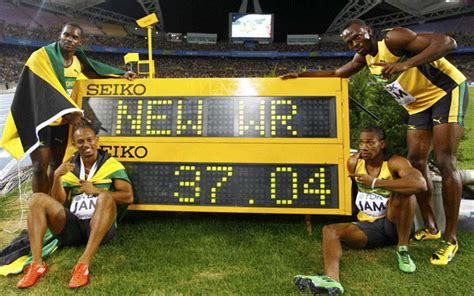 Usain Bolt rounds of Athletics World Championships by