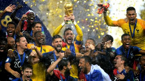 France win World Cup final with 4-2 victory against