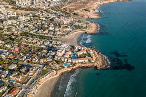 The complete area guide for Playa Flamenca,