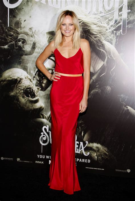 Malin Akerman Height and Weight Stats - PK Baseline- How