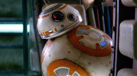 BB-8 stars in latest LEGO Star Wars: The Force Awakens